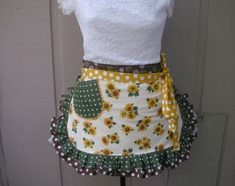 Aprons - Sunflower Womans Aprons - Womens Half Aprons - Yellow Aprons - Yellow Sunflower Aprons - Annies Attic Aprons - Green Dot Aprons