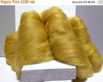 """Tour De Fleece SALE Gold wool fiber art batt, gold Firestar, needle wet felting wool, spinning fiber, """"Rumpelstiltskin"""", gold roving wool, g"""
