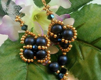 Black or Navy Blue Bead Vintage Dangle Earrings Black and Gold Bead Earrings Navy Blue Bead Earrings Vintage Earrings Costume Jewelry