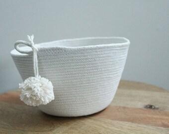 Basket rope coil pompom thread natural bin storage organizer bowl by PETUNIAS