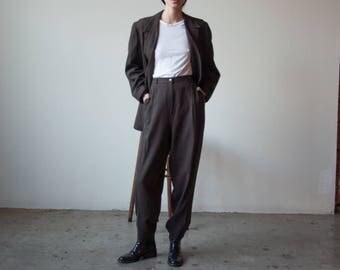 brown pinstriped pant suit / brown pant suit / 2362o / R5