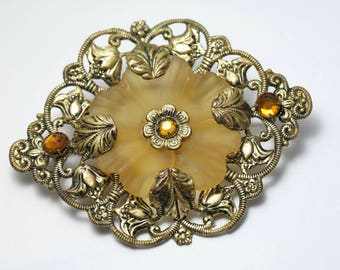 Vintage/ estate 1940s Czech style, brass filigree and frosted glass flower, costume brooch/ pin - jewelry jewellery