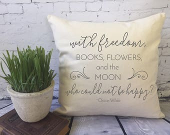 book lover decorative throw pillow cover/ Oscar Wilde inspirational quote/  book nook pillow/ library pillow
