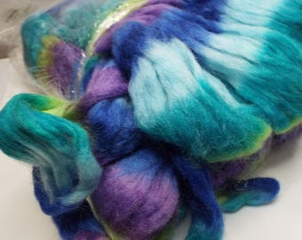 Northern Lights wool top, Violets, Louet fibers, 225 grams, spinning fiber, spindle spinning, spinning, roving, top, Threadsthrutime