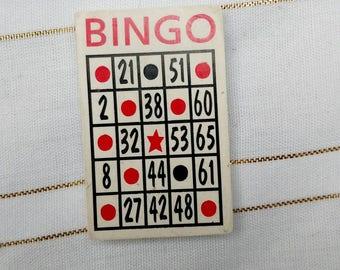 Vintage bingo pin magnet