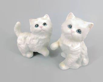 Ceramic Cats Vintage - Vintage White Cats - Ceramic Figurine - Ceramic Kittens - Vintage figurines - Vintage Shelf Decor - table decor