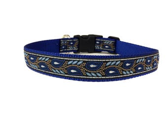 1 Inch Wide Dog Collar with Adjustable Buckle or Martingale in Blue Mountain Majesty
