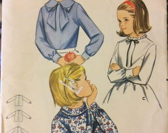 Vintage 70's Sewing Pattern Printed Pattern 4660 Girls'  Size 4 Smock and Pedal Pushers with Hat  Complete