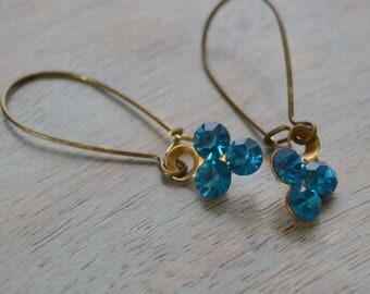 Blueberry Art Deco Earrings, Estate Style, Rhinestone Cluster, Capri Blue Rhinestones Kidney Wire Earrings, Bridesmaid Earrings Gift for Her