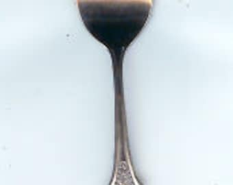 JAPAN    SPOON   Vintage  Collectible  Souvenirs