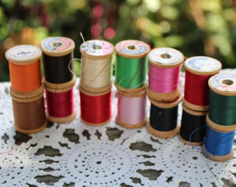 Lot of 14 Vintage Colorful Wooden Spools of Thread
