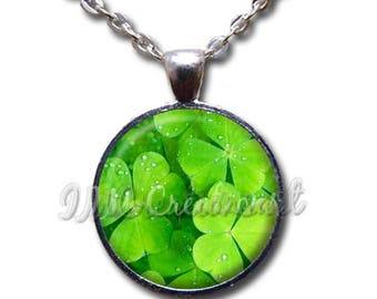 20% OFF - Pretty Clover Pattern Glass Dome Pendant or with Chain Link Necklace HD117