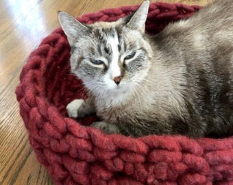 Cat Bed - Chunky Knit Cat Bed, Crochet cat bed or small dog bed - burgundy cat bed