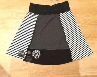 Comfy T-shirt Skirt Size XXL made from Recycled Clothing Stretchy Waistband 2XL Black Gray