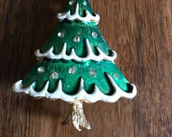 Vintage christmas tree brooch pin