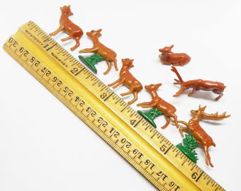 """Vintage Tiny Miniature Plastic Deer 7 Pieces Fawns Buck Doe Leaping Crafts Dioramas Little 1/2"""" to 1"""" Size"""