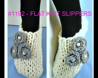 1192 - QUICK KNIT Unisex SLIPPERS, Knitting Pattern, All sizes from 12 yrs to adult large, Knit flower pattern included