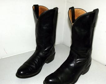 Black broken in cowboy boots - Durango brand - size 10.5 D or cowgirl size 12