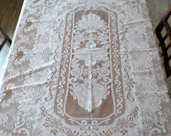 Vintage Lace Puritan White Tablecloth