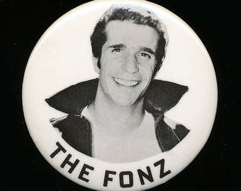 Original 1970s THE FONZ Portrait Pin Pinback Button