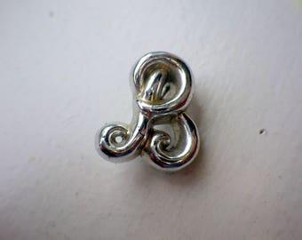 Cute B Monogram Vintage Pin - Silver Color