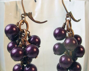 70% SALE Purple cluster earrings, glass pearls in purple earrings, purple glass pearls dangle earrings, fall color glass pearls holiday earr
