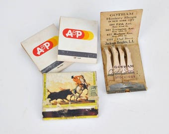 3 Vintage Matchbooks and 1 Box Cover - A&P - Stockings - La Central