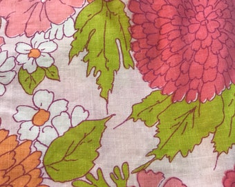 Vintage sheet fat quarter. Pink and orangle floral