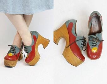 1970s Shoes Lace Ups Size 8 /  70s Vintage Wood Platforms /  Comma Comma Shoes