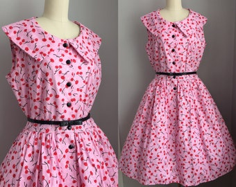 Vintage 1990s does 1950s Pink and Cherries Novelty Print Full Skirt Dress with pockets Size Medium