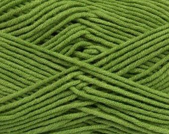 Cotton acrylic worsted yarn - Green