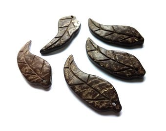 5 Coconut Shell Pendants - Chocolate brown - Leaf Shapes Natural Bead
