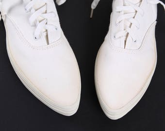 Super Rare VTG 1950's Keds pointy toe Canvas Sneakers 8.5 women USA