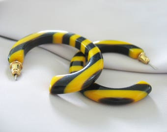 Lucite Hoop Earrings, Laminated, Stripes, Yellow, Black, Bumble Bee, 1980s Vintage, Pierced Ears