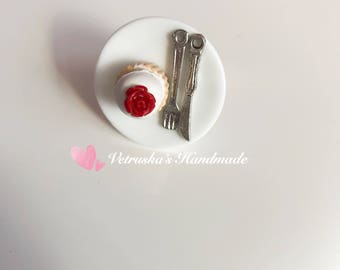 Adjustable ring with sweet muffin cupcakes
