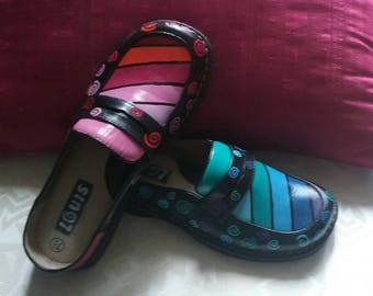 Hand Painted Leather Shoes   Mismatched On Purpose!!  How Fun !!  Size 7 1/2