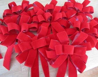 "Destash Velvet Outdoor Wreath & Gift Bows 10 Loop 6"""