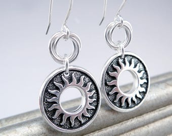 Sunflower Earrings, Circle Earrings, Silver and Black Drop Earrings, 925 Jewelry, Sun Jewelry, Sunburst Earrings for Women, Trendy Jewelry