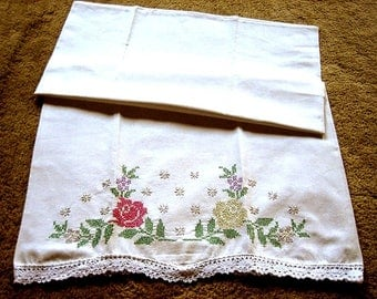 UNUSED Pillow Slip Case Bed Sham Vintage White Heavy Muslin Cotton Embroidered Nosegay Lace