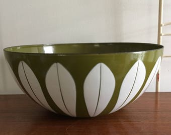 Vintage Cathrineholm Norway Lotus Ware Bowl Greta Prytz Kittelsen Catherineholm Green 9 1/2 inches
