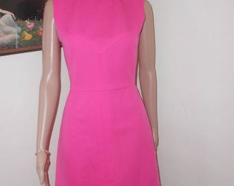 1960's Vintage Sleeveless Hot Pink Poly-Knit Day Dress - Size Small