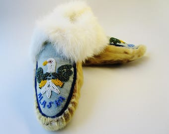 """Vintage Native American Indian Beaded Alaska Eagle Unisex Fur Leather Moccasins Adult Size 10"""" Long Slippers Soft Real Fur Thick and Fluffy"""