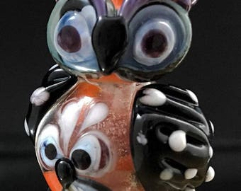 Terrene Guardian Mother and Fledgling Owl lampwork bead :   -  SRA Lorraine Dowdle