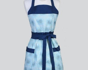 SALE Classic Womens Apron , Blue Floral Vintage Style Retro Kitchen Chef Apron with Pockets with Pockets