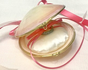 Shell Jewelry Box with Ribbons and Optional Silk Pillow.  Seashell Ring Box, Beach Wedding, Ring Bearer, Bridesmaid Jewelry Box