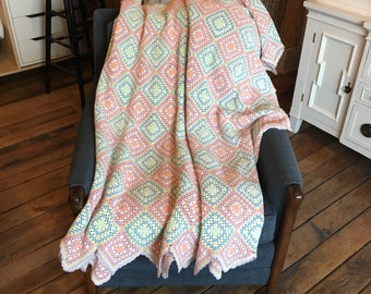 Vintage Hand Crocheted Granny Square Bedspread/Coverlet