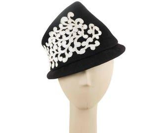 Dark Blue Felt Hat, Cloche Hat, Winter Hat for Women, Dress Hat, Mother of the Bride Hat, Ladies Hat, 1940s Fashion Hat, Wedding Hat