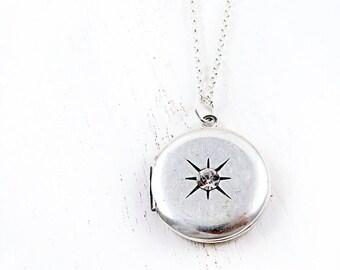 Silver Round Locket, Vintage Locket, Starburst Locket, Sterling Silver, Valentine Gift for Her, Anniversary Gift