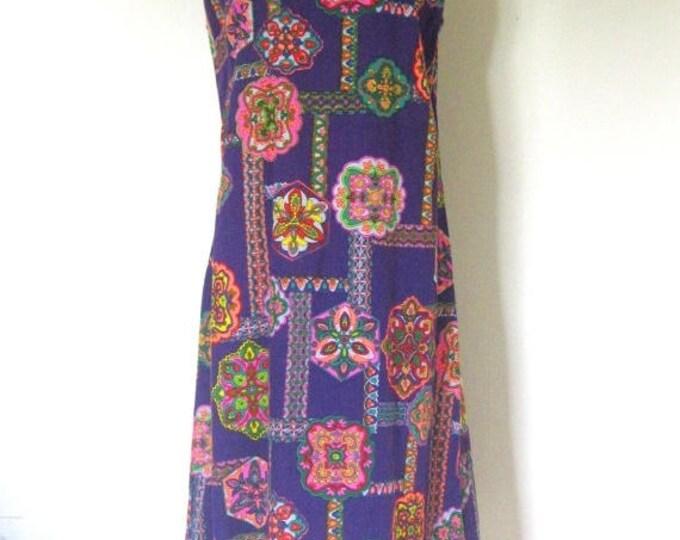 WINTER SALE Vintage 60s Psychedelic dress / purple Kaleidoscope Abstract print /  sleeveless sheath Party dress