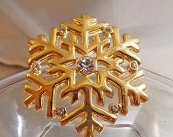 SALE Vintage Rhinestone Snowflake Brooch. Clear Rhinestones Gold Tone Snowflake Pin.